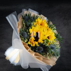 Cyrus Sunflower Bouquet